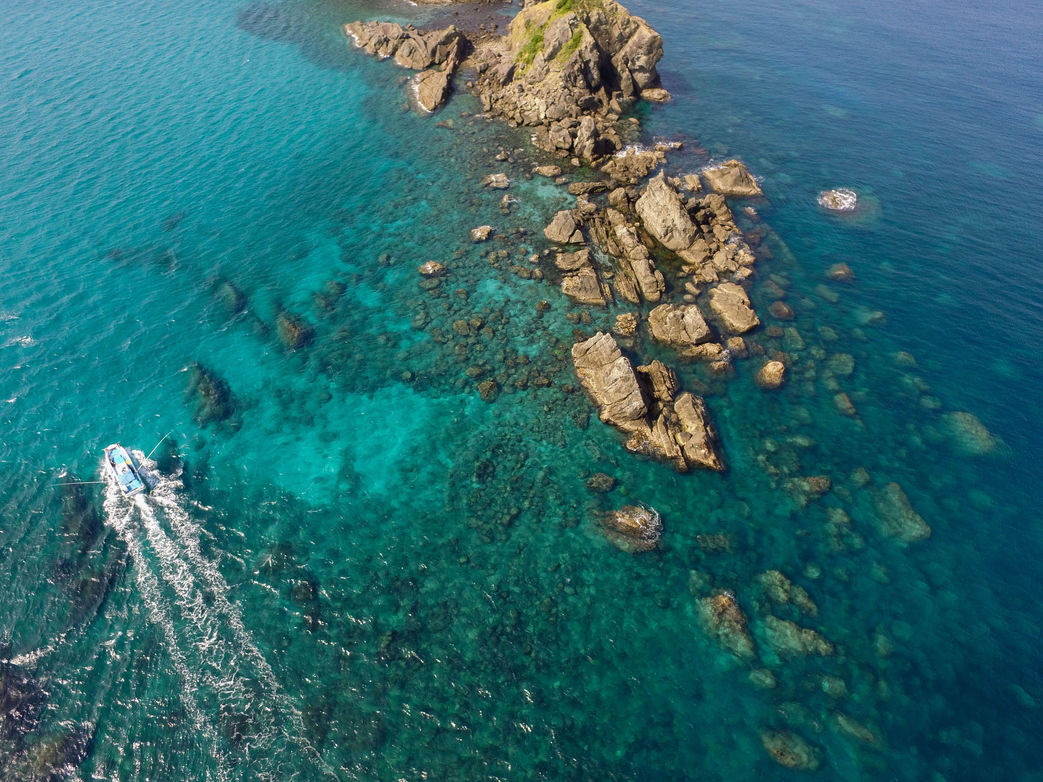 亀ヶ丘の右手に見える坊津秋目の海 これはドローンで撮影したものだ